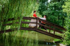 svatba-focení-na-mostě-v-kroji