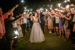 svatba svatební foto v noci prskavky