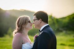 focení-svatby-při-západu-slunce