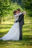 svatba-v-sadě